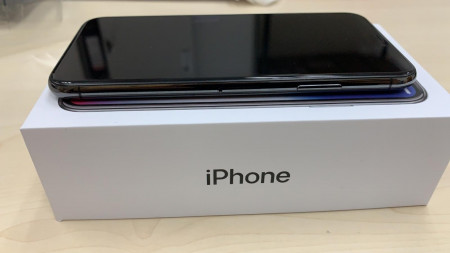 iPhone 6S Plus A with box only WA