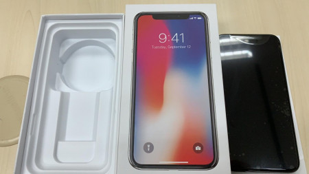 iPhone X A used With a Box and IMEI Label (WA)